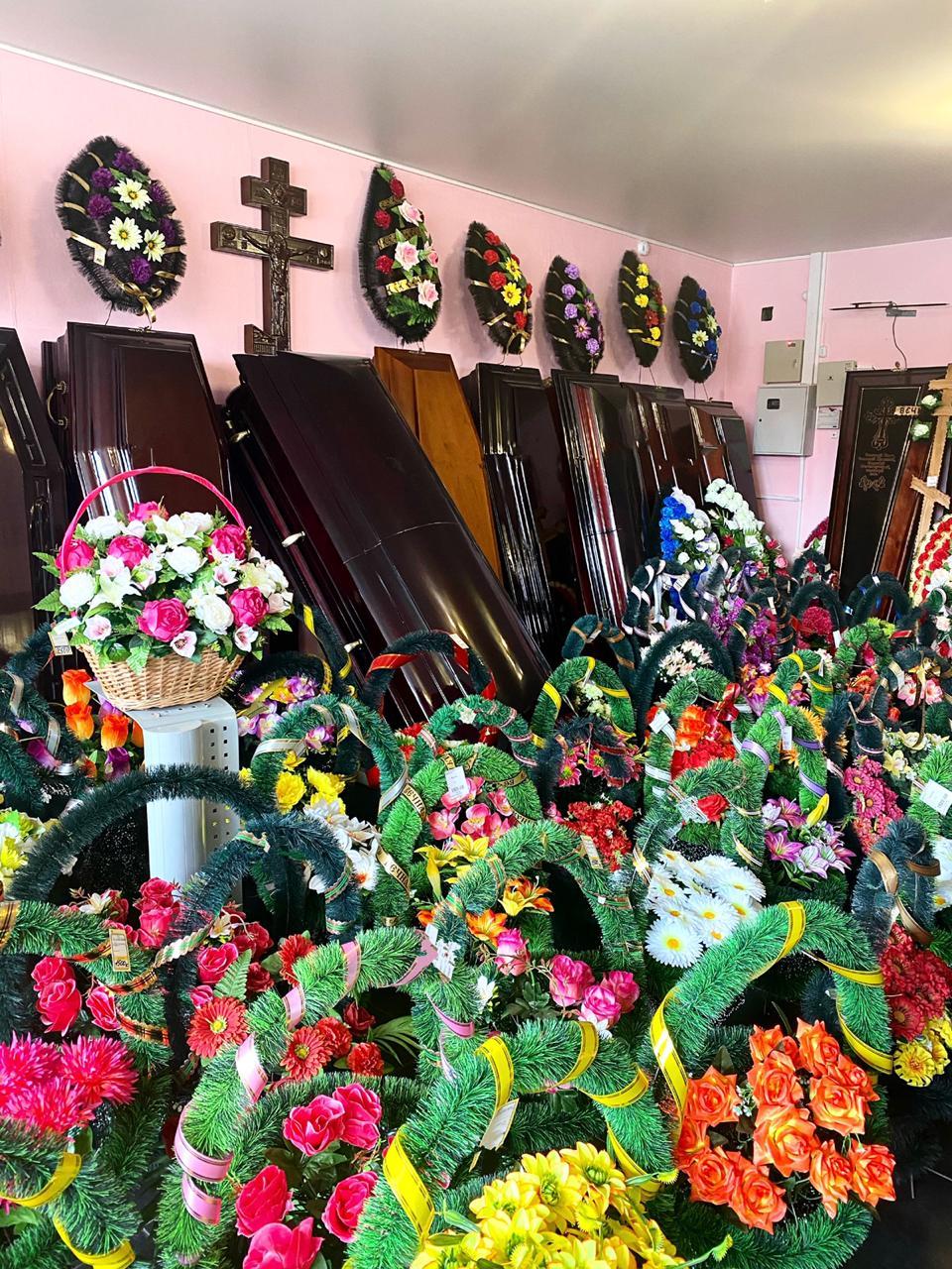венки надгробия